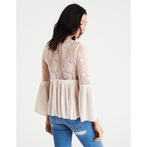 EUC Gorgeous Lace Bell Sleeved Blouse